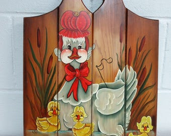 Handpainted Wooden Wall Decor, Vintage Country Hand Painted Mother Duck and er Three Ducklings - V116