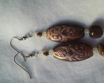 Beaded earrings with tigers eye