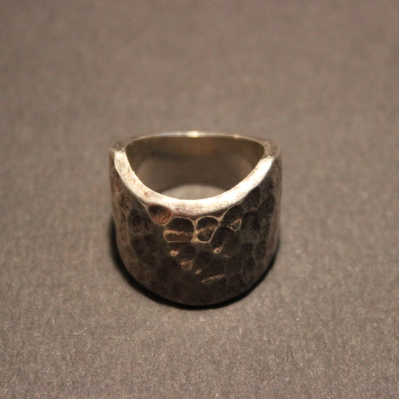 Mens Ring Mexico Large Silver Hammered Ring Sterling Silver Ring 14.5 Grams Size 6 Sterling Mexico Ring Mexico Silver Vintage Mexico Silver