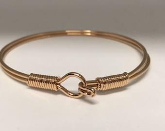 Hook Bracelet //