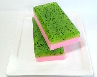 Strawberry Kiwi Soap, Poppyseed Soap - Mothers Day Soap,Glycerin soap, Exfoliating soap, Summer soap, Dessert Soap, Goats Milk Soap