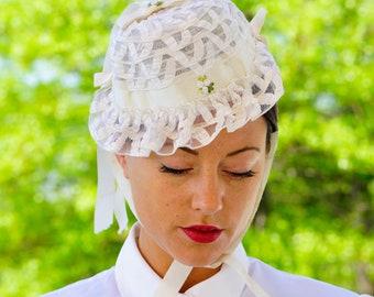 Vintage Floral Bonnet, Vintage Hat, 1950s Hat, Floral Millinery, Vintage Bonnet, 1950s ladies Hat with Flowers, Bonnet Hat, Floral Hat