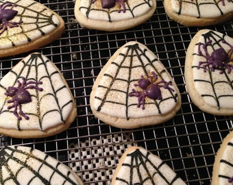HALLOWEEN SPIDER WEB sugar cookie