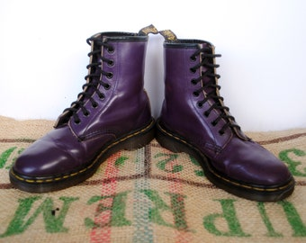 Funky Purple Dr Doc Martens Boots  – 90's Vintage Original Made in England Size UK5 US M 6 us L 7 EU 37.5, 8 Hole Punk Combat Boots