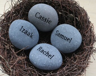 Personalized mother, grandmothers nest -  4 custom engraved name stones in bird nest