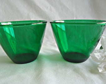 2 Forest Green Bowls Splash Proof Mixing Bowl Anchor Hocking 1960's