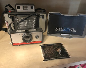Vintage Polaroid Land Camera 220