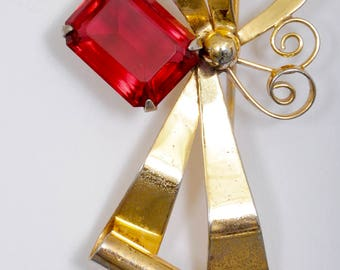 Antique Gold Vermeil over Sterling Flower, Emerald-cut ruby Red Stone