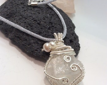 wire wrapped quartz nugget pendant necklace