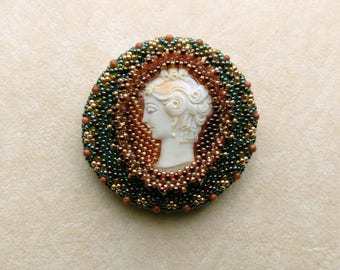 Victorian Cameo Brooch OOAK . Statement Brooch . Beadwoven Cameo . Coffee Mocha &Honey . Beaded - Ladies of Style by enchantedbeads on Etsy