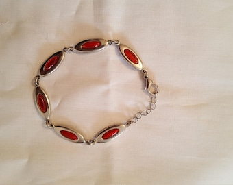 Bracelet Silver with red stones