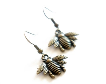 Antiqued Brass Tiny Bee Dangle Earrings - Bridesmaid Gift Idea - C0039