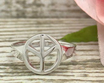Peace Sign Ring, 925 Sterling Silver Ring, Silver PEACE Sign Symbol, Promise Ring -SHJSR005