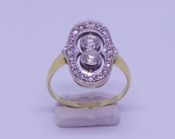 Lovely Diamond  Engagement ring in 18 carat gold
