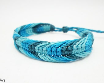 Surfer bracelet, surfer wristband, beach bracelet, teens bracelet, mans bracelet, mens bracelet, turquoise, teenage bracelet, sea blue