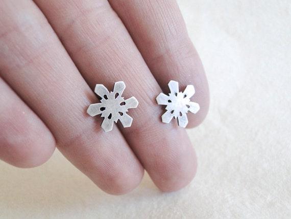 Snowflake Earrings, Sterling Silver, Winter, Nature Earrings