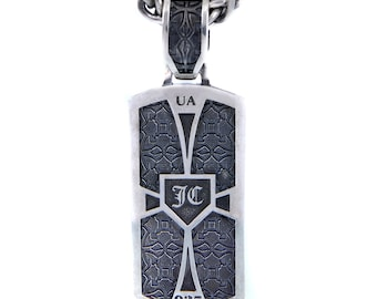 Silver pendent King