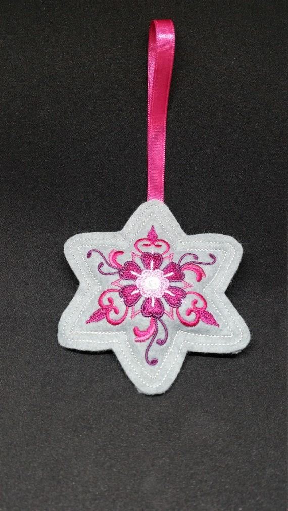X035.      Grey Star shape Felt Christmas tree ornament