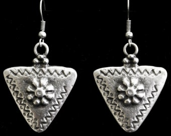 Antique Silver Plated Pewter Jewelry Earrings 5164