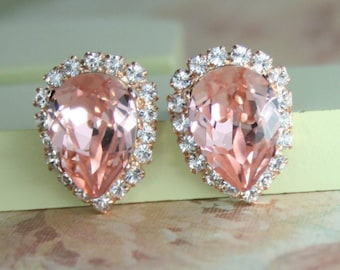 rose gold blush crystal earrings,blush wedding jewelry,blush crystal earrings,blush pink crystal stud earrings,blush wedding,blush bridal