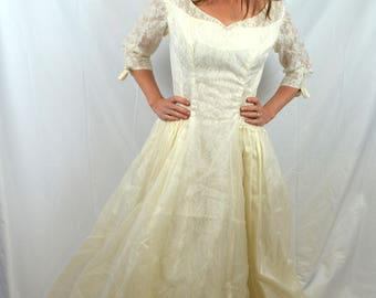 Vintage 60s 1960s EMMA DOMB  Princess Bride Lace Renaissance Wedding Dress