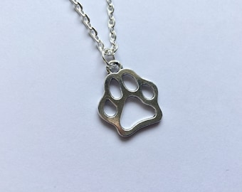 Paw Necklace, Dog Necklace, Animal Necklace, Animal Lovers, Paw print, Gift, Animal Gift, Gift for Her, Birthday Gift, Gift for Friend