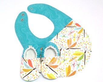Aqua Dragonfly Baby Shoes and Bib Gift Set, Soft Sole Baby Shoes, Baby Booties, Baby Shower Gift, Toddler slippers