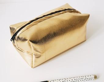 large golden make-up bag, llarge golden makeup bag, large zipper pouch, make-up brush bag, makeup brush bag, handmade girlfriend gift ideas
