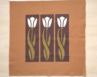 White Tulip, Fat Quarter,Arts & Crafts Style, Spoonflower,
