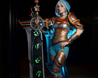 Riven cosplay League of Legends (Redeemed Riven Skin)