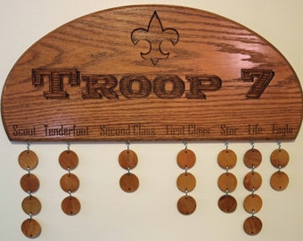 Wooden Oak Boy Scout Troop or Pack Advancement Plaque with 24 circles for Scouts Names