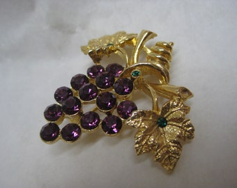 Grape Cluster Rhinestone Brooch Purple Green Gold Vintage Pin