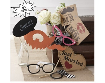 wedding photo booth props, hipster, kraft paper, centerpiece ideas, reception tables, guest activities, photography, backgrounds, decor