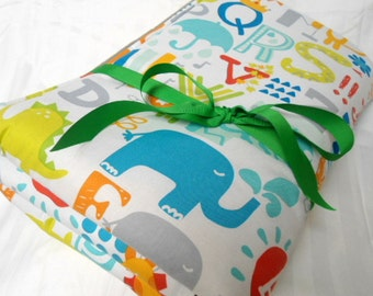 Padded Baby Play Mat, Baby Activity Mat, Floor Blanket, Animal Quilt, Baby Gift Idea, Personalize Playmat, Baby Shower Gift, Newborn Gift