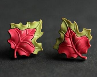 Leaf Earrings. Autumn Leaf Earrings. Green Leaf, Red  Leaf, Bronze Earrings. Red Earrings. Green Earrings. Nature Jewelry Handmade Earrings.