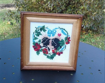 "Heart Handmade Cross Stitch Needle Craft Picture 6"" X 6"" Wooden FRAME"
