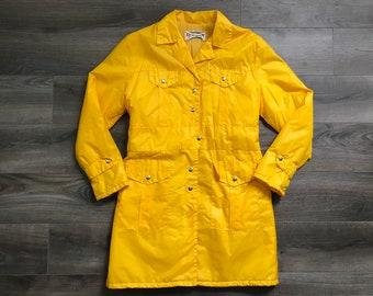 Vintage 70s 80s Windbreaker Raincoat, Yellow