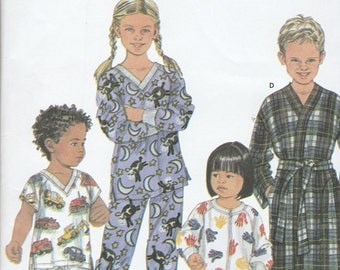 Simplicity 9853 Toddlers Pajamas and Robe Size 3,4,5,6 UNCUT