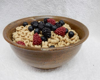 """Stoneware Pottery Cereal/ Ice Cream Bowl. Approx. 6"""" dia. x 3"""" tall. Holds 4 cups."""