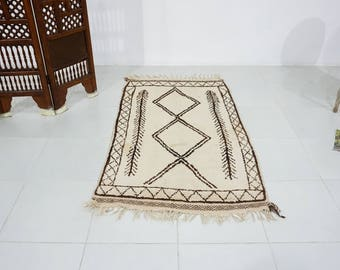 """Soft Moroccan Handmade Moroccan rug 3'2""""x5'5"""" Beni Ourain Rug Unique Gorgeous Vintage Rug Teppich Tapis Moroccan Wool Handmade Vintage Kilim"""