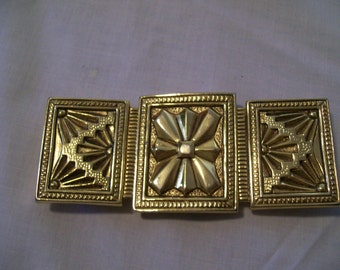 Vintage Era Dotty Smith Goldtone Three Panel Buckle