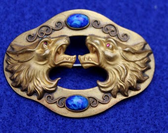 Beautiful Victorian Waist Pin With Wolf Motif