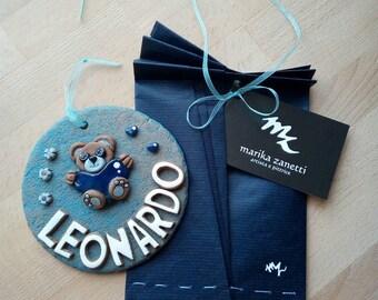 Fiocco nascita bimbo bimba personalizzato con nome orsetto cuore fiori Targhetta personalizzata con nome per la cameretta - fatto a mano -