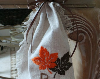 Thanksgiving Table Decor, Embroidered Fall Leaves Table Runner, Personalized