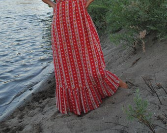 Vintage 1970s Boho Maxi Long Dress// Hippie fabulous// Festival Love