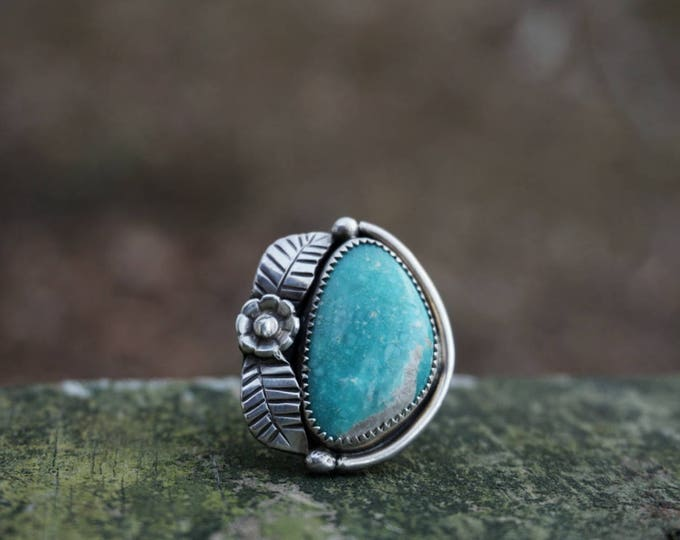 White Water Turquoise Flower Power Sterling Silver Ring, Turquoise Sterling Silver Ring, Turquoise Statement Ring