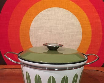 Vintage Cathrineholm Green and White Lotus Covered Casserole, Dutch Oven, Green and White Enamel Pot, Mid Century, Norway, Grete Prytz