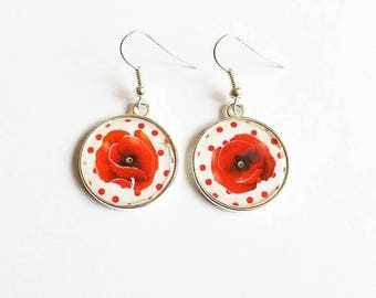 Bucolic Earrings: pretty poppy