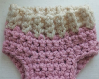 Crochet Diaper Cover Pattern, Pattern Sizes Included - Newborn, 3mos, 6mos, 9-12mos, Photo prop,  Pdf Instant Pattern Download