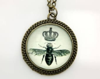 Bee Necklace, Crown Necklace, 2525C